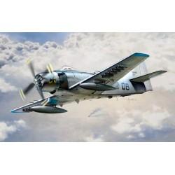 Italeri 2697 Douglas AD-4...